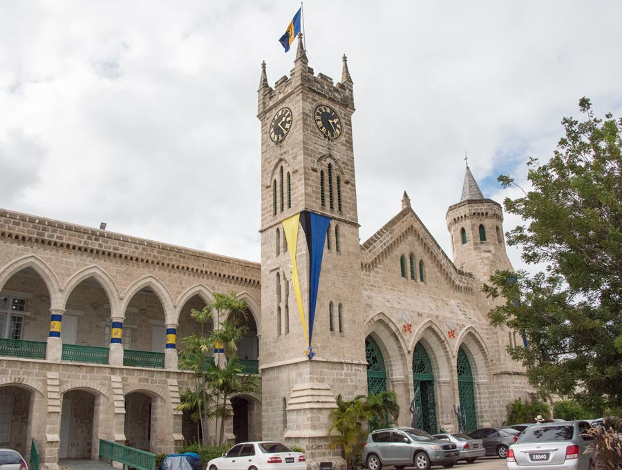 Barbados guide hotels tips facts sights All rights reserved www.resorochaventyr.se Parliament