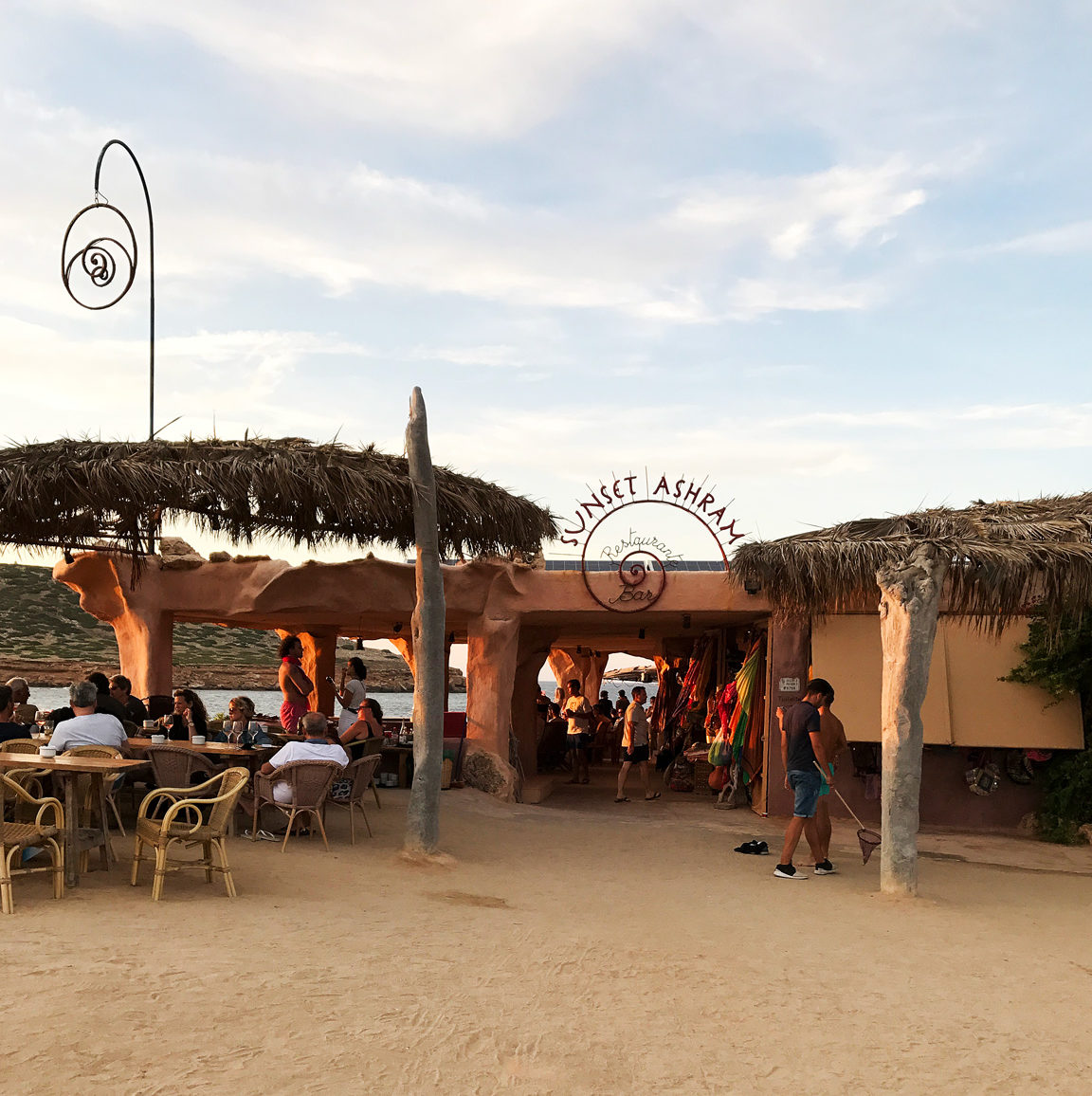 Ibiza, weekend guide, sevärdheter på Ibiza, hotell på Ibiza, restauranger på Ibiza, Sunset Ashram