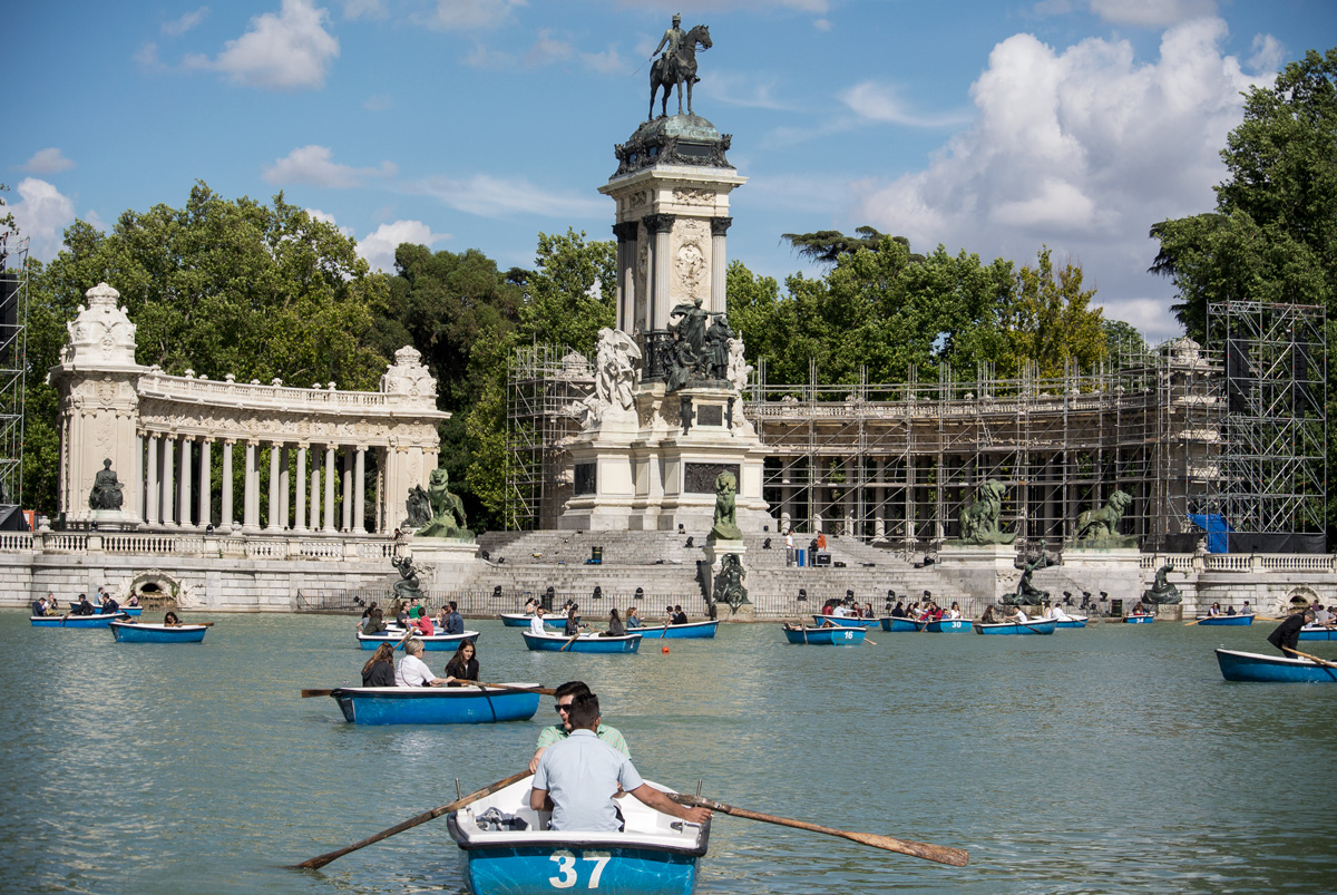 Madrid, Parque del Retiro, Spanien, © 2018 Resor och äventyr All rights reserved